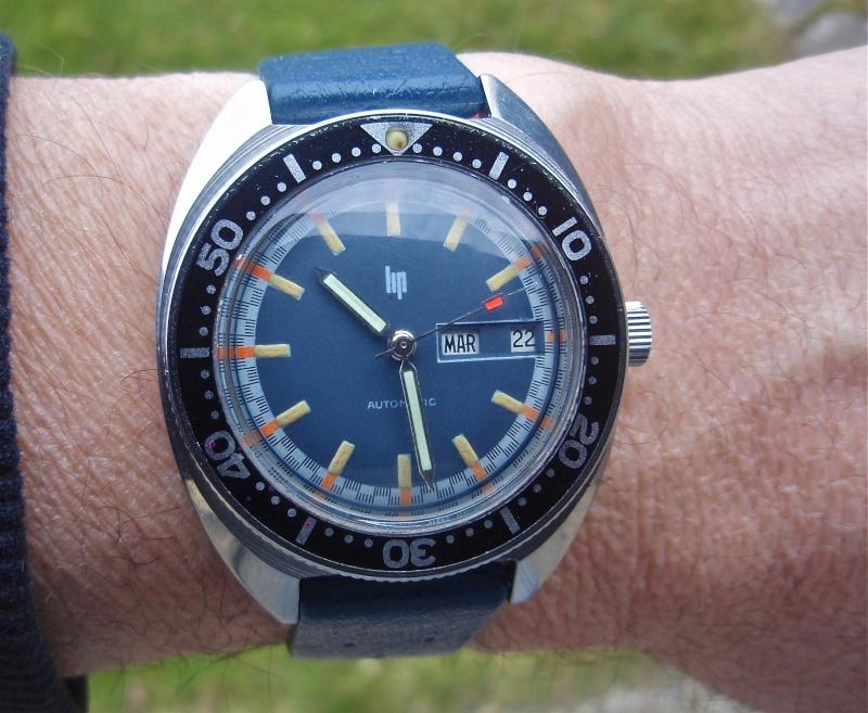 Recherche: 70's / bleu / plongee ??? P2190010