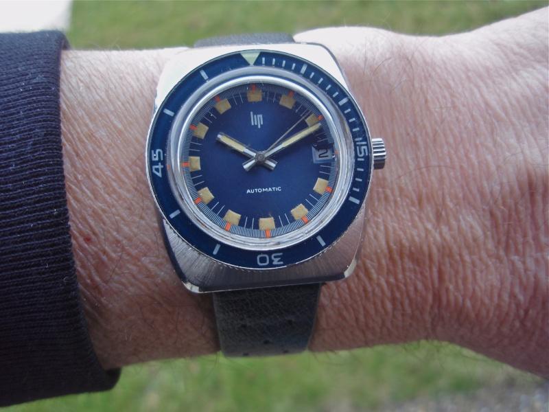 Recherche: 70's / bleu / plongee ??? P2230016