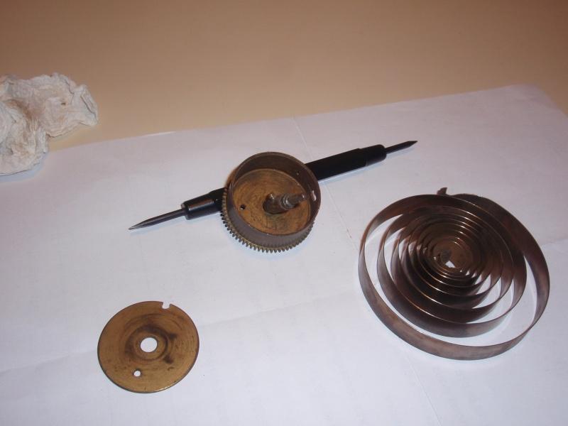 ressort de pendule de cuisine Pb060014