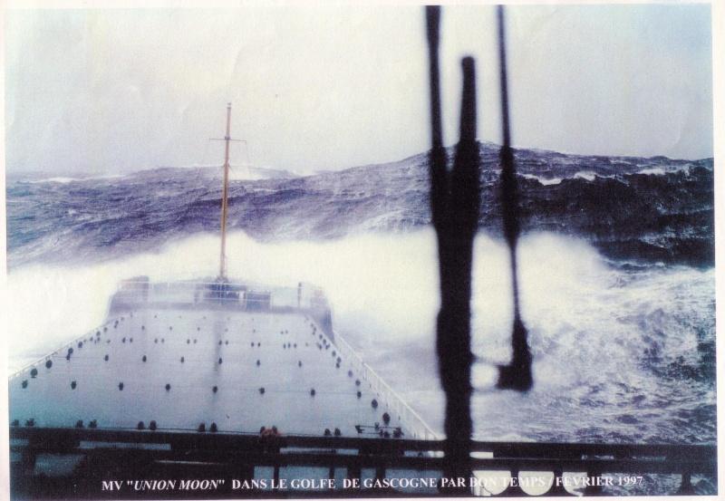Accidents et tempêtes en mer : les news - Page 4 Golfe_11
