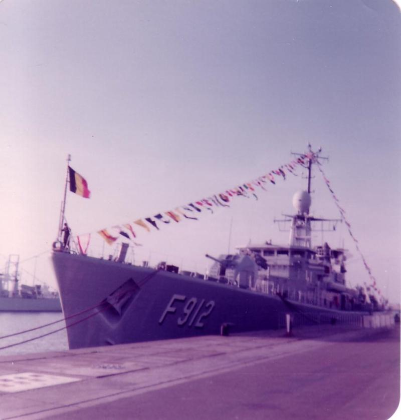 Zeebrugge : Opendeur - Portes Ouvertes - Navy Days - Page 12 Scan1098