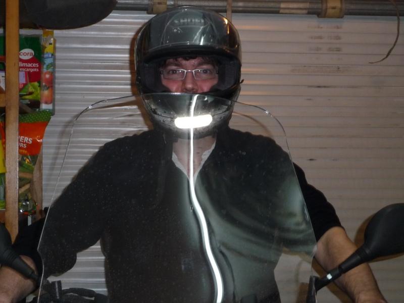 qui serait intéressé par une bulle haute .. un garde boue arrière.. P1080110