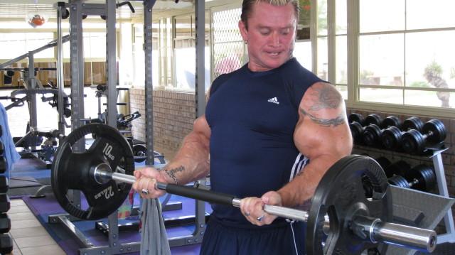 biceps - Le biceps de Lee Priest (Opération effectuée avec succès !) Leecur10