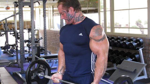 biceps - Le biceps de Lee Priest (Opération effectuée avec succès !) Leecur13