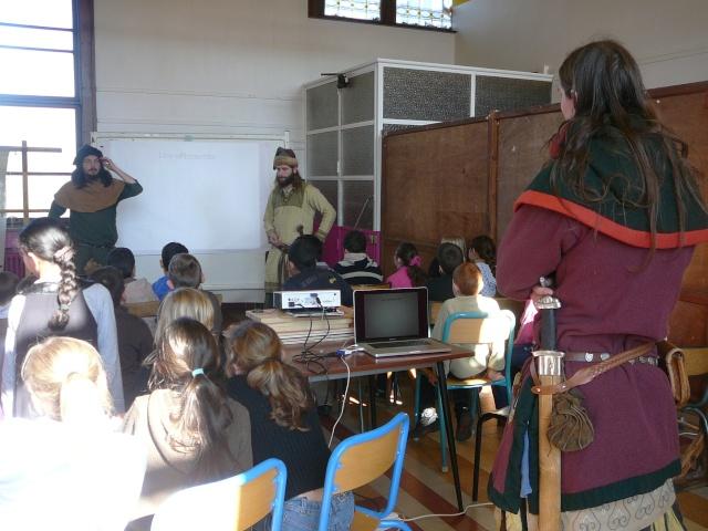 Intervention école de la paix à Mons - Mars 2010 P1130710