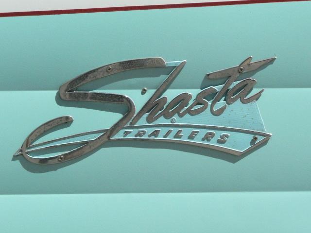 Shasta Airflyte Trailer 1950' P1240912