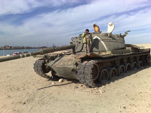 دبابة اسرائلية من اثار حرب اكتوبر 33299810