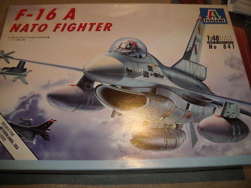 F-16 Italeri 1/48 Bj5bpw10