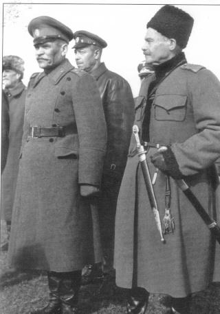 cosaques et ostvolker (volontaire de l'est) Shoukr11