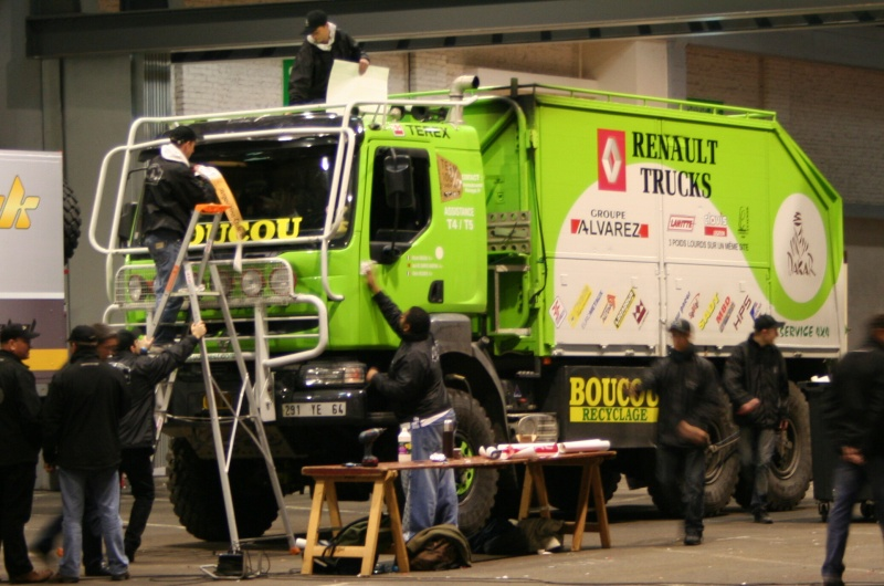 verifs - quelques photos des vérifs du Dakar 2009 Rdacka10