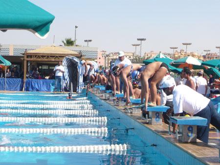 نادينا يحقق المركز الثاني في بطولة الجمهورية للسباحة بالزعانف P1030914