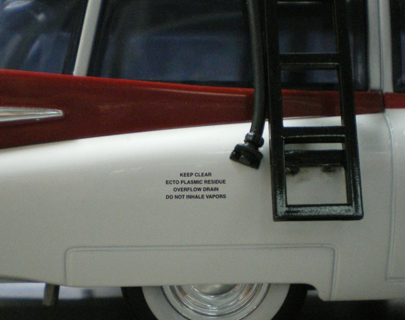 Label Ecto 1 Imgp4010