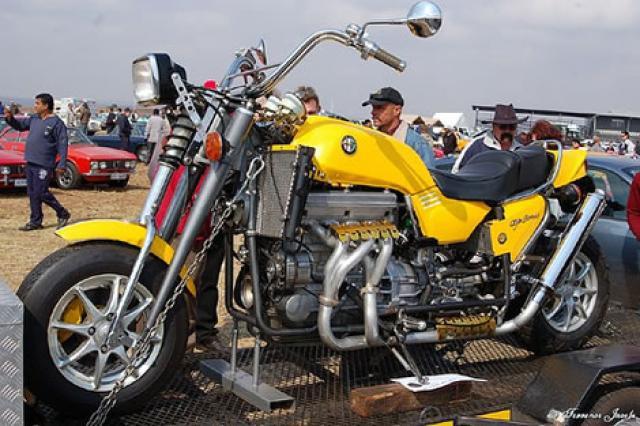 GOLD WING CBR 1800 RR Moto_a10