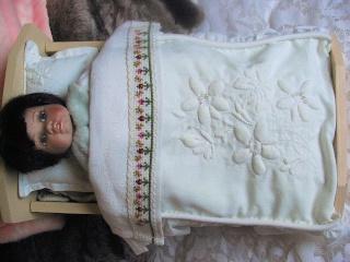 restaure des petits meubles de poupées des années 1950 Gg11