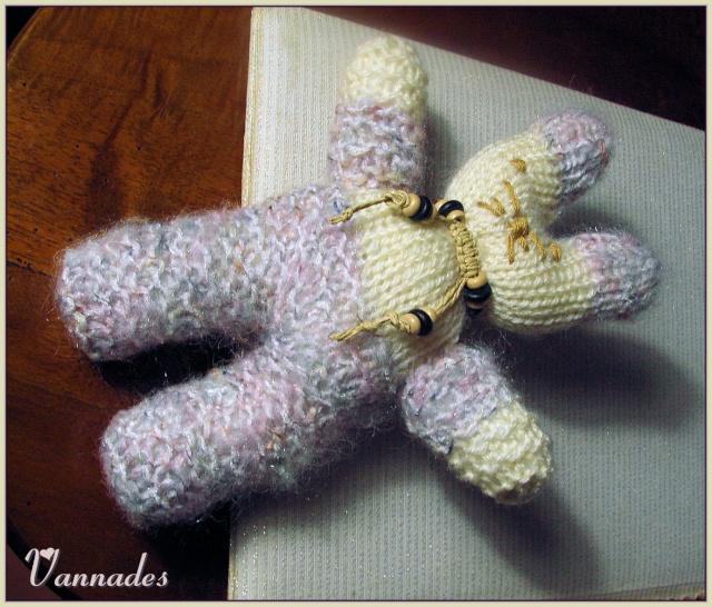"""Crochtalong du site """" UN FIL AU DOIGT"""" Lapin_11"""