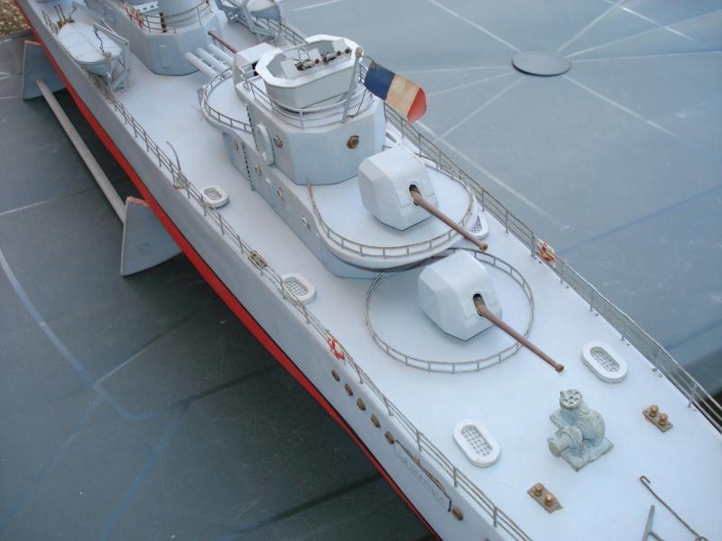 Contre torpilleur le Terrible parmarco au 1/100 - scratch Bateau17
