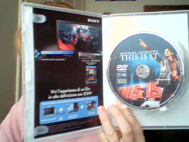 This is It DVD e blu-ray DVD collector's edition-in vendita dal 23 Febbraio 2010-011