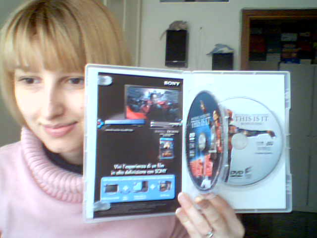 This is It DVD e blu-ray DVD collector's edition-in vendita dal 23 Febbraio 2010-013