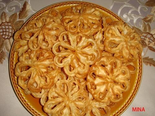 Beignets marocains de Tetouan sous forme de fleurs/ Halwat ou 7alwat Tab3 Dsc00610
