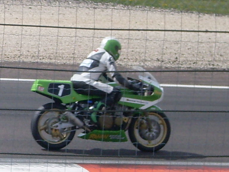 coupe moto legende - Page 2 Moto_l12