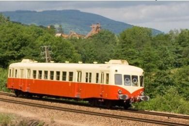 au départ de Clermont Ferrand avec le X 2403 le sam 29 févr Autora11