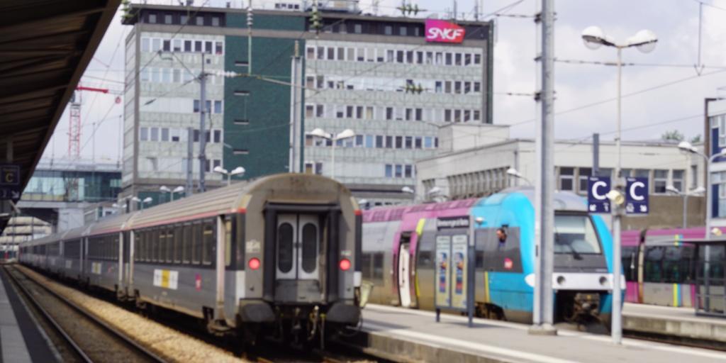 Nantes intercités Eco n° 4071 de Paris Austerlitz BB 26046 - 18 mai 2019 Bb_26014