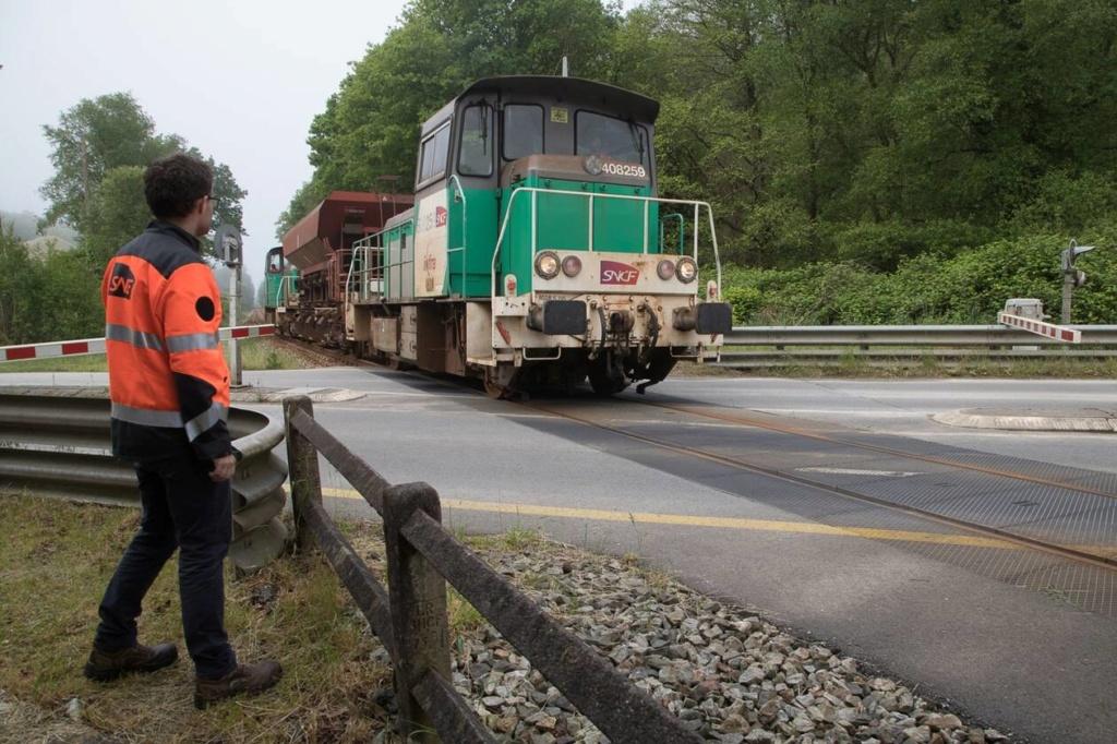 Quimper-Landerneau. Attention aux trains qui préparent la reprise du trafic Briec_10