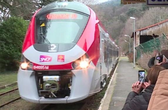 Nimes - Clermont Ferrand le nouveau Cevennol Cevenn10