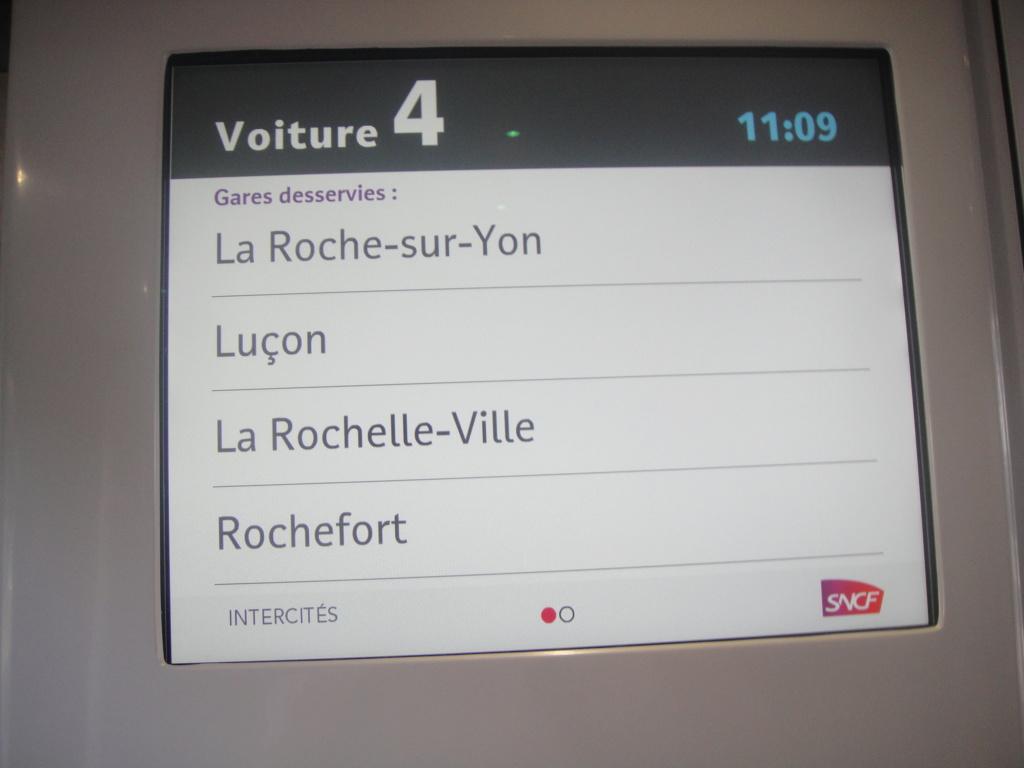 intercités 3833 Nantes 11h25 - Bordeaux 16h24 en Coradia Liner Dsc01316