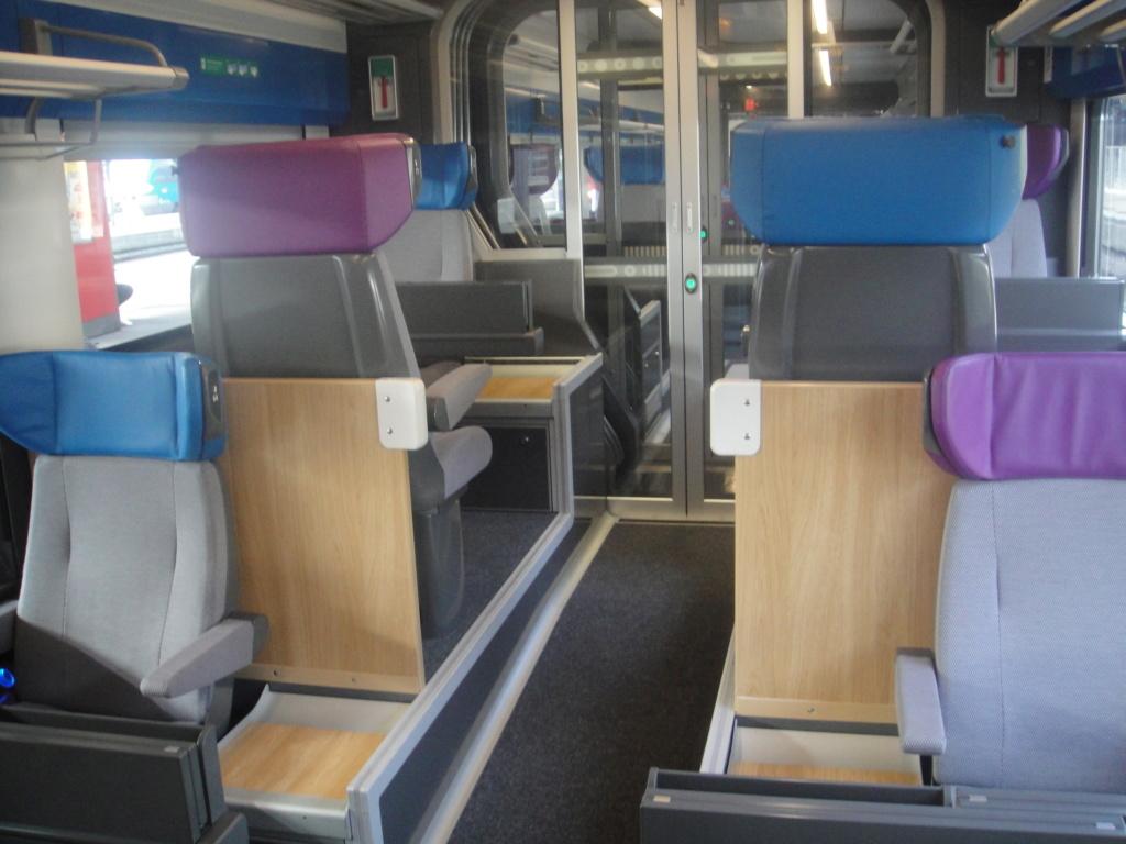intercités 3833 Nantes 11h25 - Bordeaux 16h24 en Coradia Liner Dsc01318