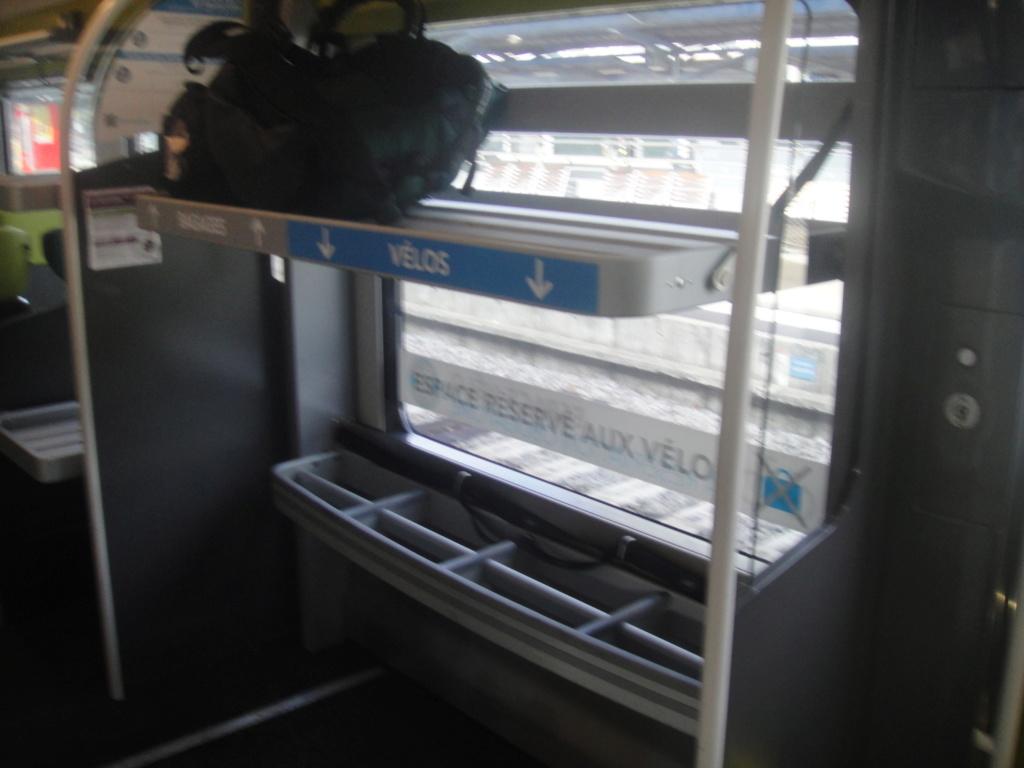 intercités 3833 Nantes 11h25 - Bordeaux 16h24 en Coradia Liner Dsc01320