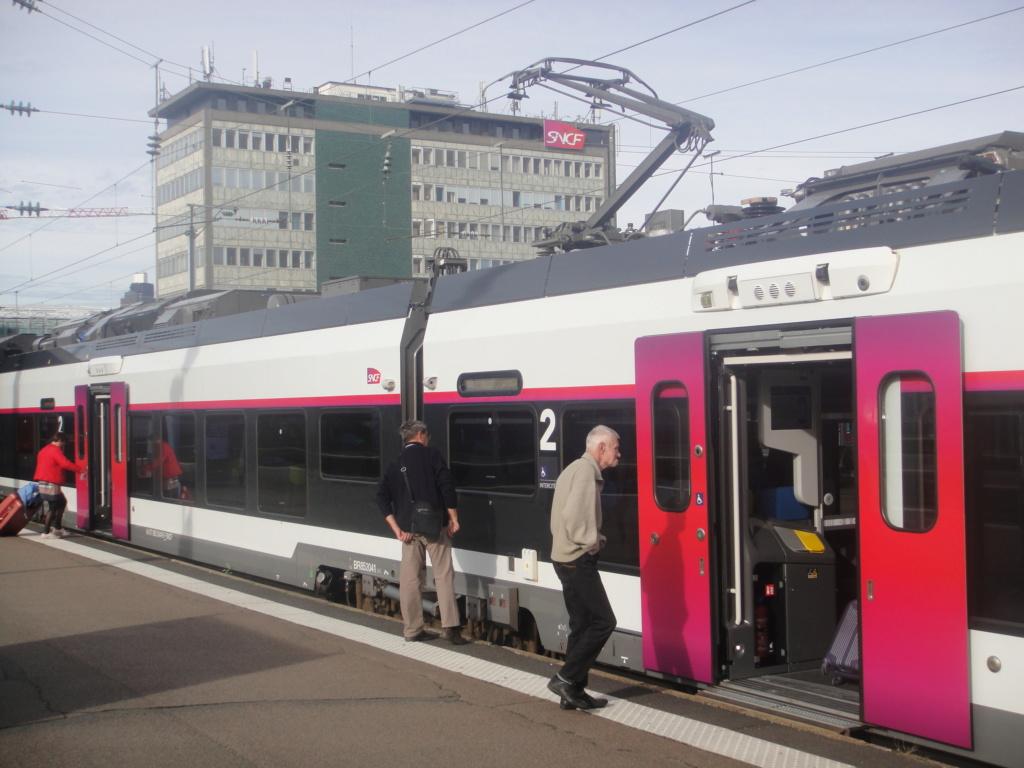 intercités 3833 Nantes 11h25 - Bordeaux 16h24 en Coradia Liner Dsc01322
