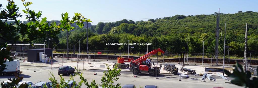Landivisiau nouvel abri voyageurs en construction Landi_23