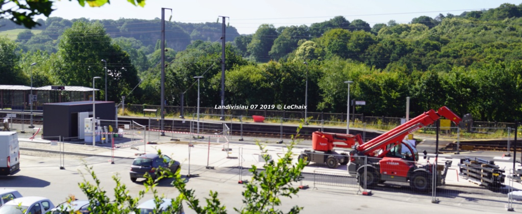 Landivisiau nouvel abri voyageurs en construction Landi_24