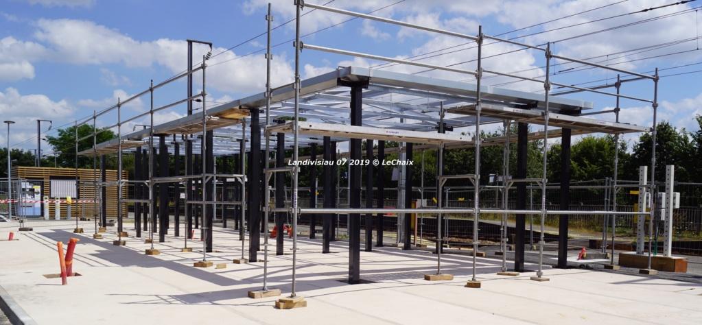 Landivisiau nouvel abri voyageurs en construction Landi_31