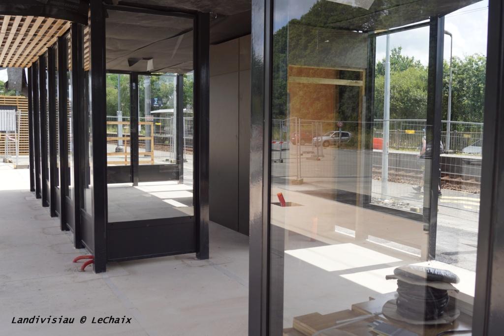 Landivisiau nouvel abri voyageurs en construction Landi_34