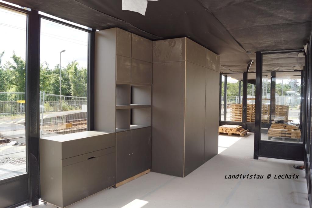 Landivisiau nouvel abri voyageurs en construction Landi_35