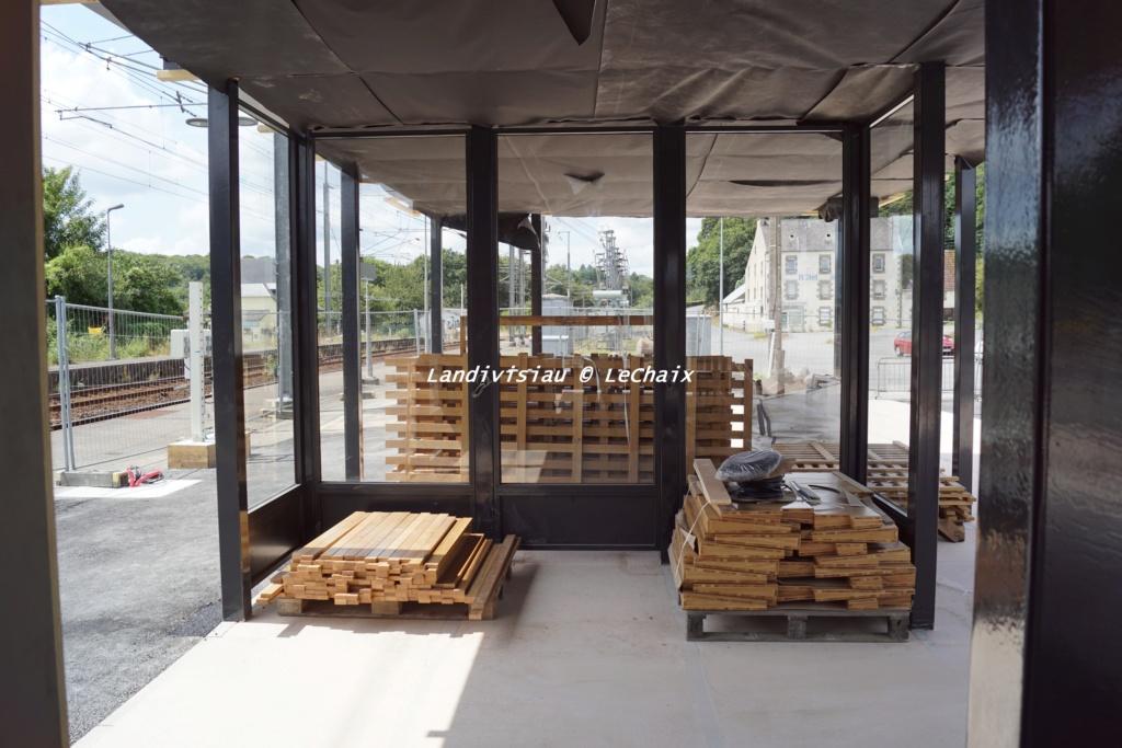 Landivisiau nouvel abri voyageurs en construction Landi_36