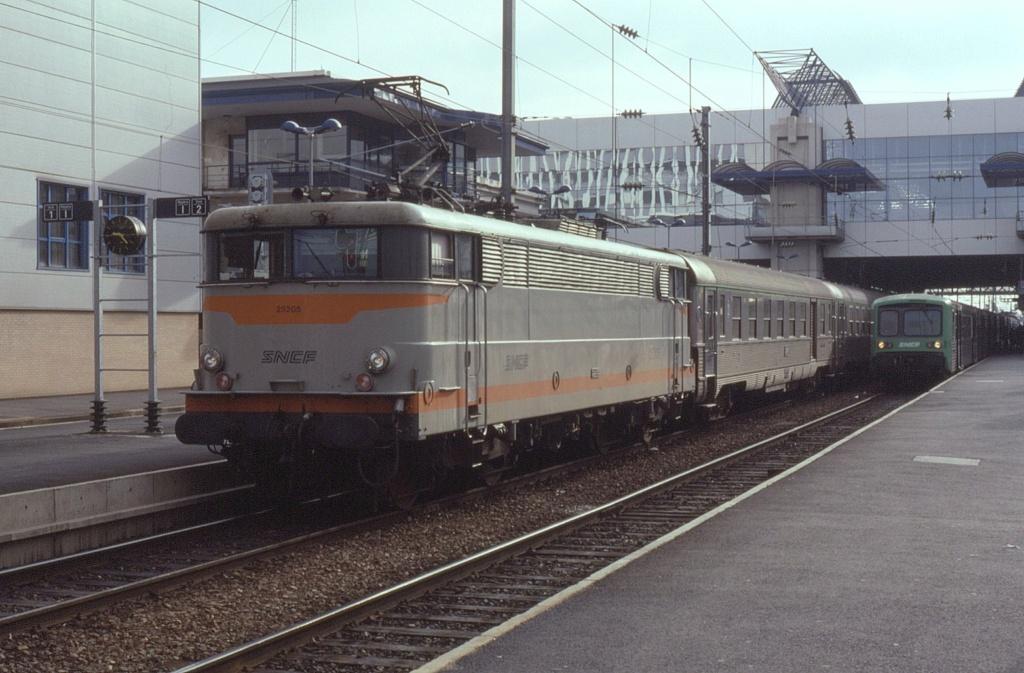 Rennes BB 25205 rame inox pour Brest 21 aout 1992 Rennes43