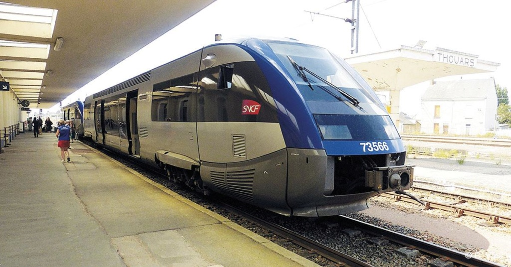 Bressuire - Chantonnay voie ferrée fermée temporairement Thouar10