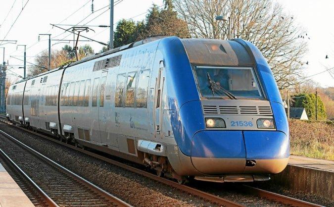 Lorient Auray vents violents trafic SNCF perturbé Z_215310