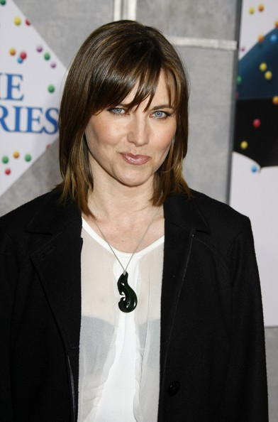 Lucy Lawless - Page 3 Bedtim10