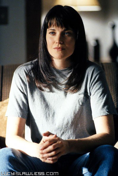 Lucy Lawless - Page 3 Xfiles10