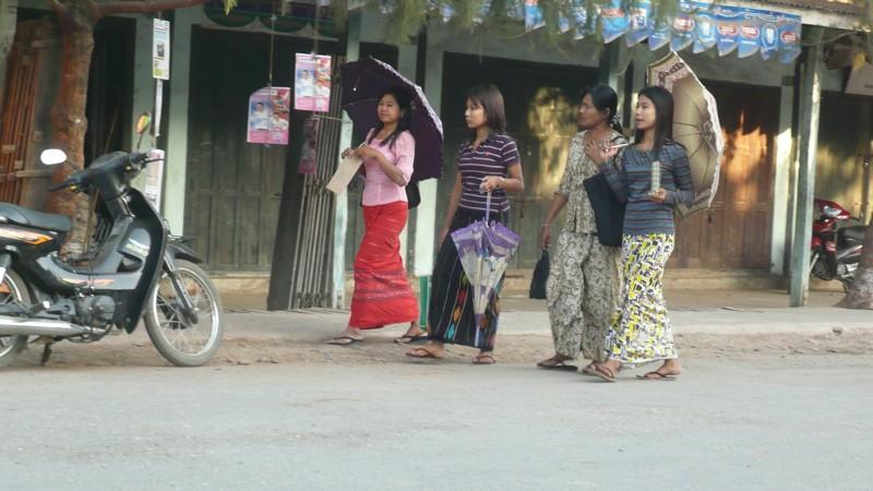 L'esprit birman Esp210