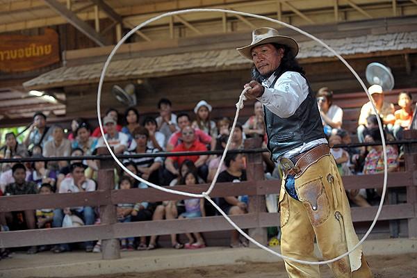Dans l'est Thaïlandais, un peu de far-west américain Nip-co10