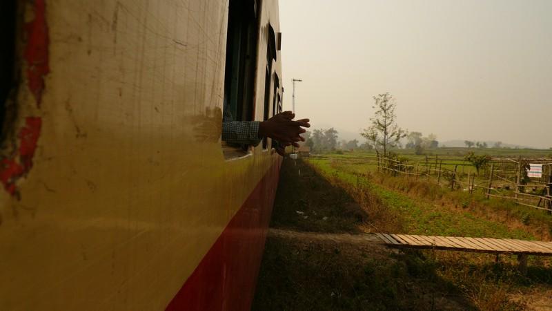 Le train en Asie du sud-est  P1010612