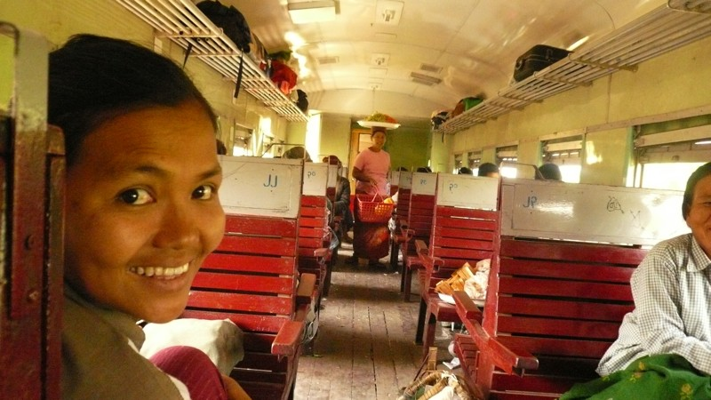 Le train en Asie du sud-est  P1010614