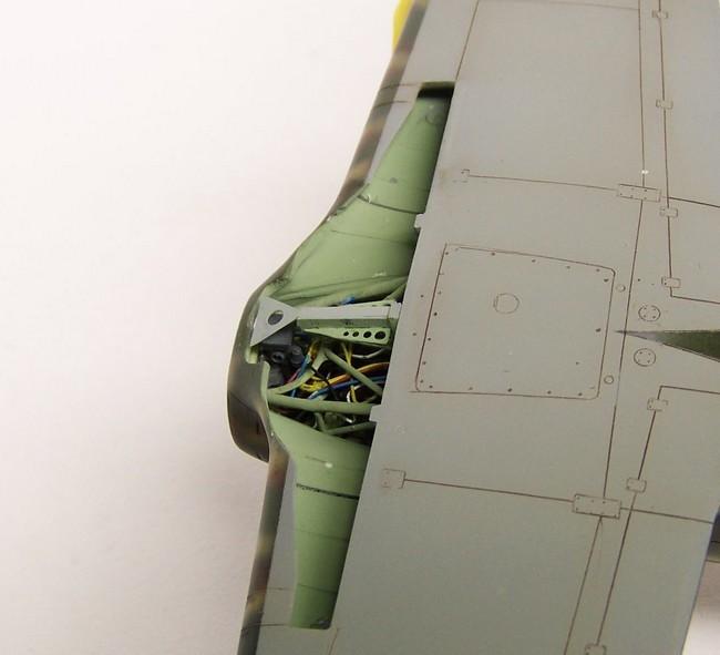 """Macchi C.200 saetta """" Pacific Coast Models"""" 1/48 - Page 3 Carbu10"""
