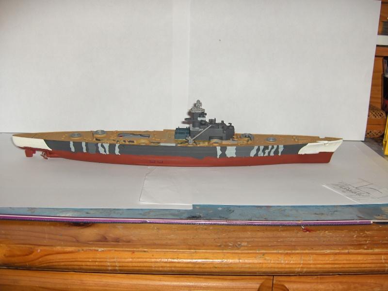 Conversion Tirpitz 1/570 en porte-hélico fictif Hpim0614