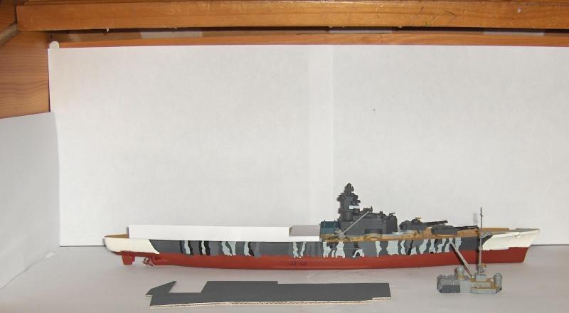 Conversion Tirpitz 1/570 en porte-hélico fictif - Page 2 Hpim0618